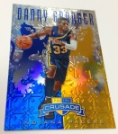 Panini America 2012-13 Crusade Basketball QC Preview (30)