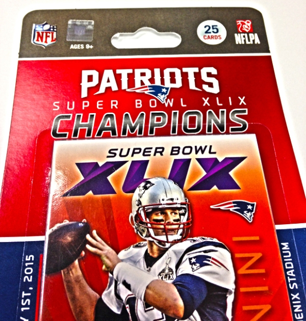 Panini America Super Bowl XLIX Patriots Tribute Set (3)