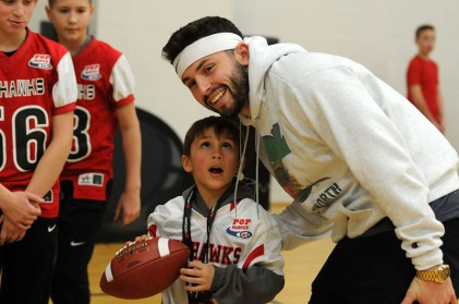MINNIAPOLIS - MN USA JAN 02 2018 Panini -Pop Warner Skills Clinic 2018 - Minneapolis, MN January 02 2018. (Photo by Gerardo Mora / IPAPHOTO.COM for POP WARNER)